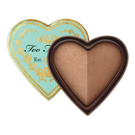 Too Faced SWEETHEARTS Бронзирующая сияющая пудра SWEETHEARTS Бронзирующая сияющая пудра