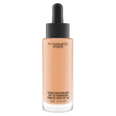 MAC Studio Waterweight Foundation Тональная основа SPF30 NW22