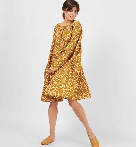 f114fde572f Платье миди с вырезом на спине в цветок желтое - labgrafika.ru